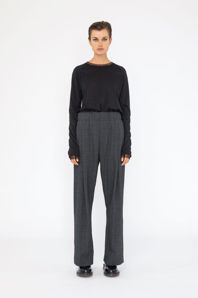 Supple Trousers